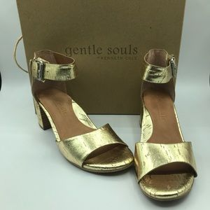 NEW Gentle Souls by Kenneth Cole Christa Sandals